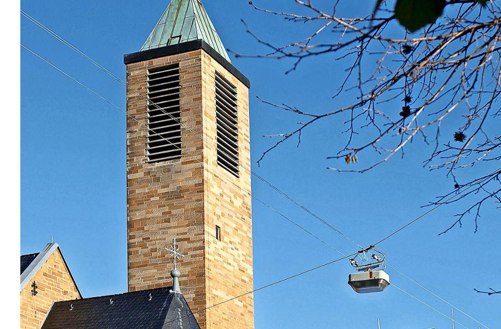 Auch in der katholischen Kirche St. Maria in der Göppinger Ziegelstraße sind die fast 500 Besucherplätze nur noch in absoluten Ausnahmefällen belegt. Foto: Horst Rudel