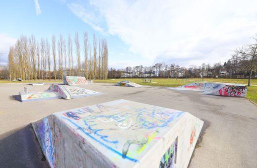 Ausgelaufenes Benzin verursacht Brand im Böblinger Skatepark