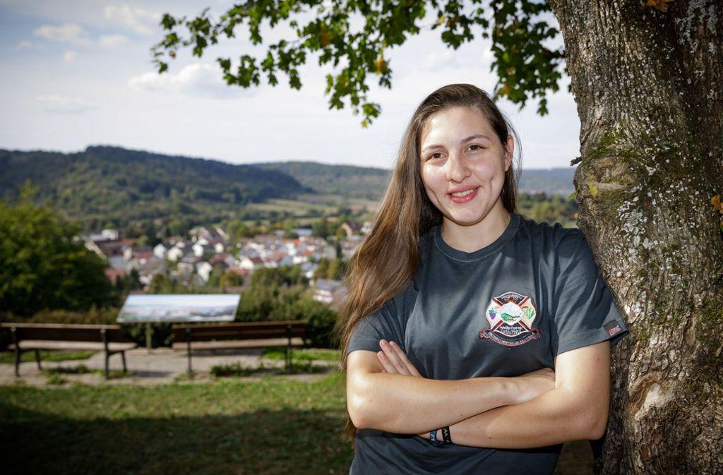 Zurzeit ist Maria-Elena Dubberke zu Besuch im Schorndorfer Teilort Miedelsbach. Dort ist sie aufgewachsen, mittlerweile lebt die 17-Jährige in Paraguay. Foto: Jan Potente