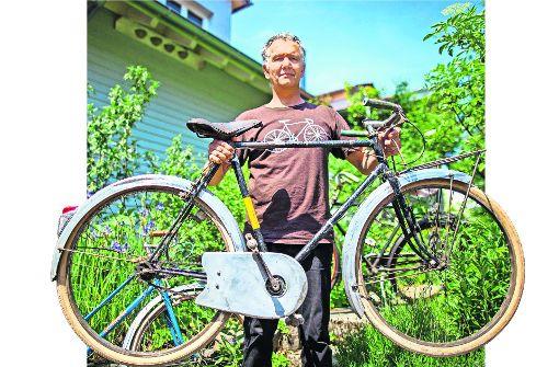 Früher waren Fahrräder noch für echte Kerle