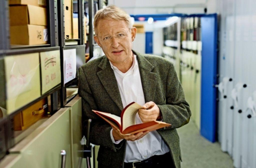 """Unter Leitung des  Historikers Christian Hartmann  wurde die wissenschaftlich-kritische Edition  (unten rechts) von """"Mein Kampf"""" erarbeitet. Foto: dpa, Getty, IfZ"""