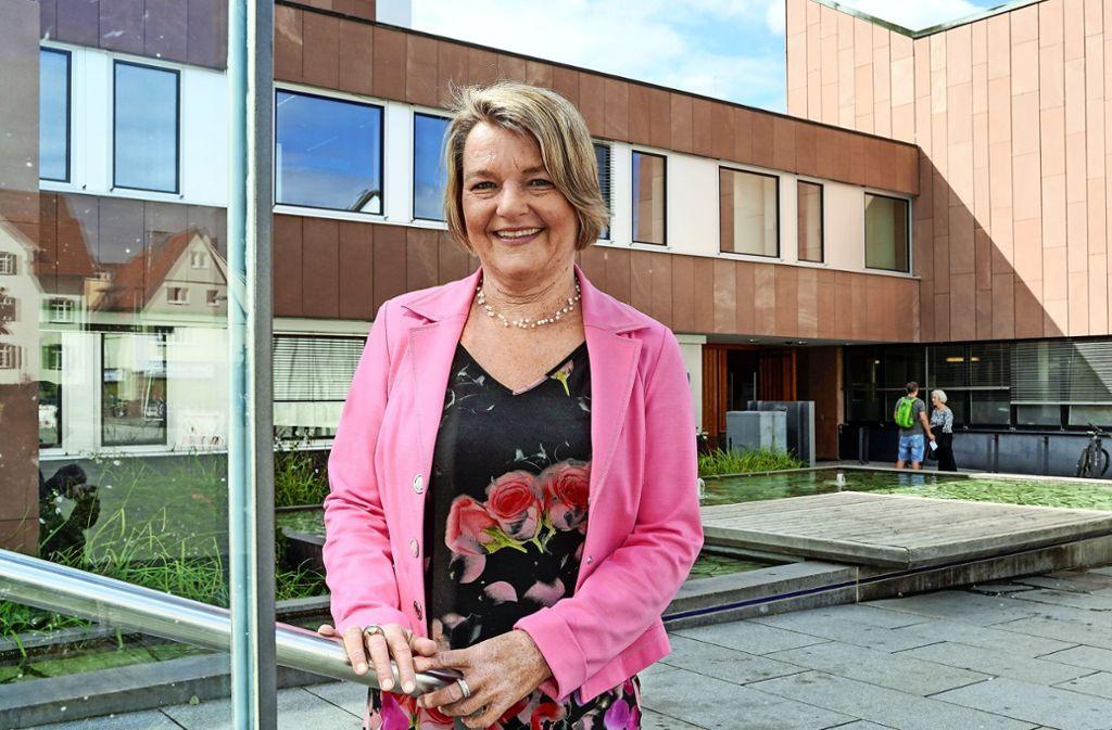 Martina Koch-Haßdenteufel möchte bei der Bürgermeisterwahl im Dezember den Chefsessel im Rathaus erobern. Foto: factum/Jürgen Bach