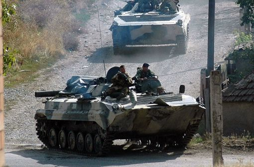 Betrunkener demoliert Supermarkt mit gestohlenem Panzer