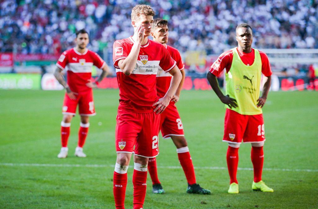 Frust pur: Der VfB Stuttgart hat beim FC Augsburg mit 0:6 verloren. Foto: dpa