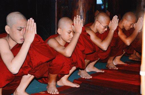 Jeder Junge in Myanmar geht eine Zeit lang als Novize in ein Kloster, um mit den Lehren Buddhas vertraut zu werden. Foto: Funke