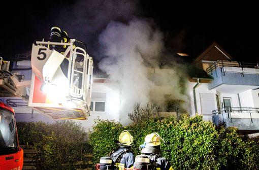 Ein Schwerverletzter und 50.000 Schaden nach Wohnungsbrand