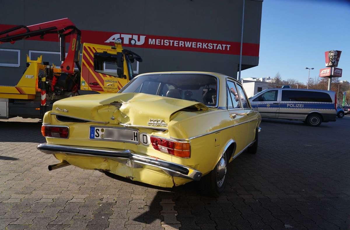 Insgesamt entstand an  drei Fahrzeugen Sachschaden.  Foto: Andreas Rosar Fotoagentur-Stuttgart