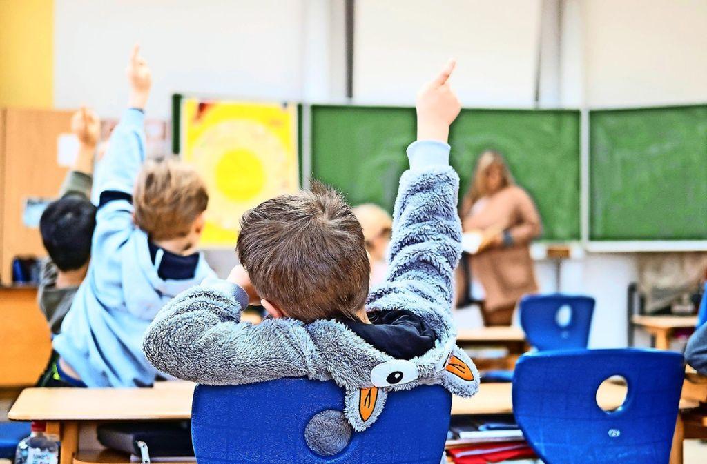 Der Bildungsbericht bescheinigt den Grundschulen in Möhringen, Vaihingen, Birkach, Sillenbuch, Degerloch und Plieningen gute Noten. Foto: dpa