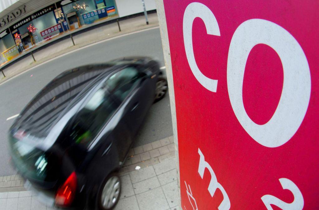 Der Verkehr ist für fast ein Drittel aller Treibhausgas-Emissionen verantwortlich. Foto: dpa/Stratenschulte