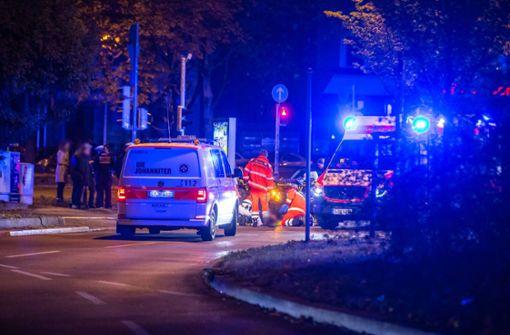 Fußgänger wird von Taxifahrer erfasst und schwer verletzt