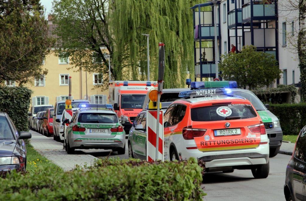Die Polizei entdeckte in einer Wohnung eine verwahrlose und eingesperrte Frau. Foto: dpa