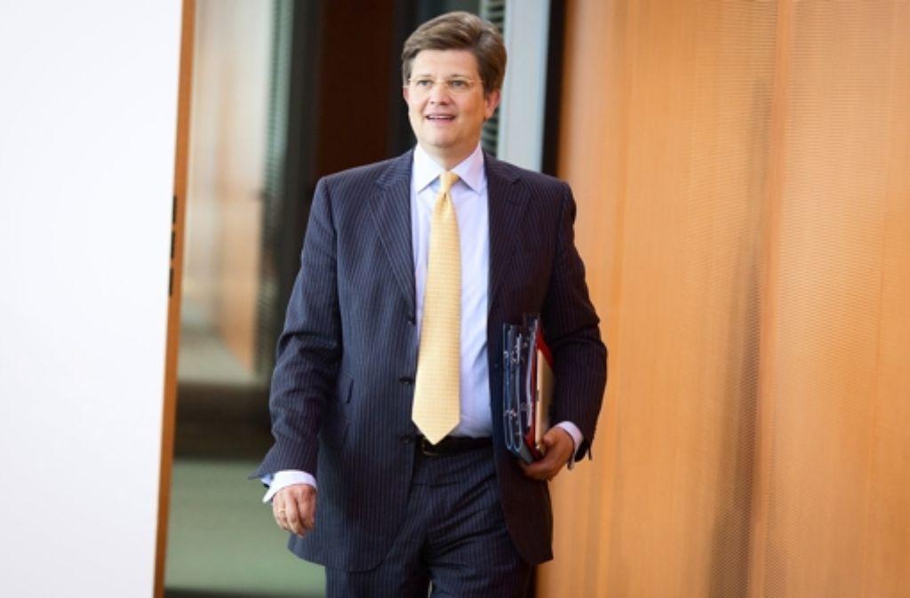 Aus dem Kanzleramt zu Daimler: Ex-Minister von Klaeden Foto: dpa