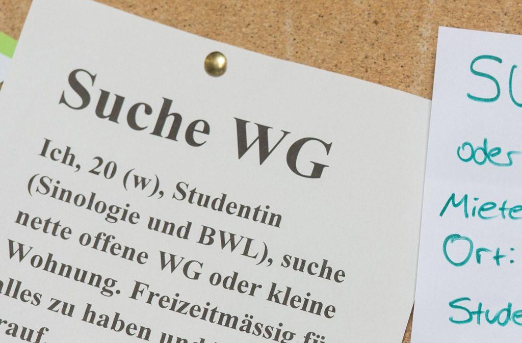 Rund drei Millionen Menschen in Deutschland studieren. Viele von ihnen sind verzweifelt auf Wohnungssuche. Foto: dpa