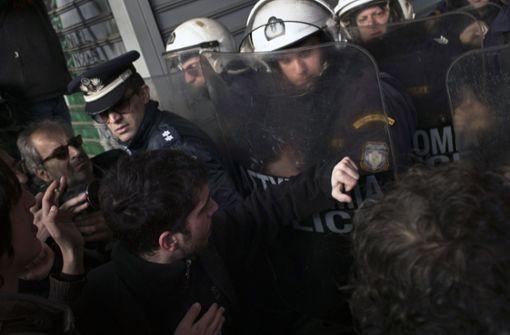 Autonome randalieren in Griechenland