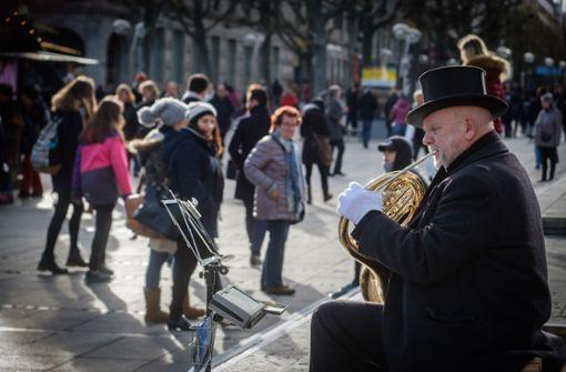 Straßenmusiker muss Weihnachtsmarkt fernbleiben