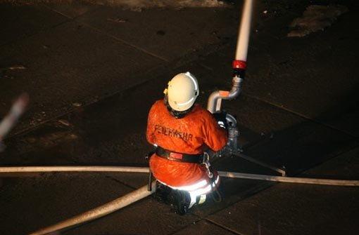 Neun Menschen bei Brand verletzt