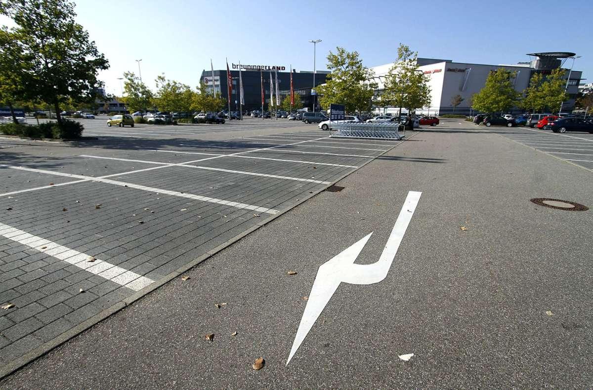 Der Parkplatz des Breuningerlands in Ludwigsburg. Foto: FACTUM-WEISE/factum /Simon Granville