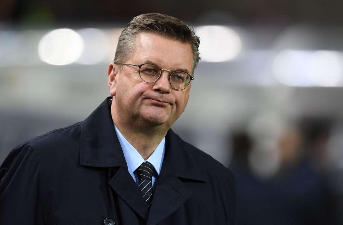 Der frühere DFB-Präsident Reinhard Grindel hat sich gut 15 Monate nach seinem Rücktritt mit deutlichen Aussagen zu Wort gemeldet. (Archivbild) Foto: AFP/CHRISTOF STACHE