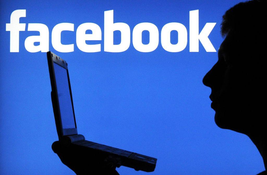 Nutzer klagten weltweit über Probleme mit dem sozialen Netzwerk. Foto: dpa