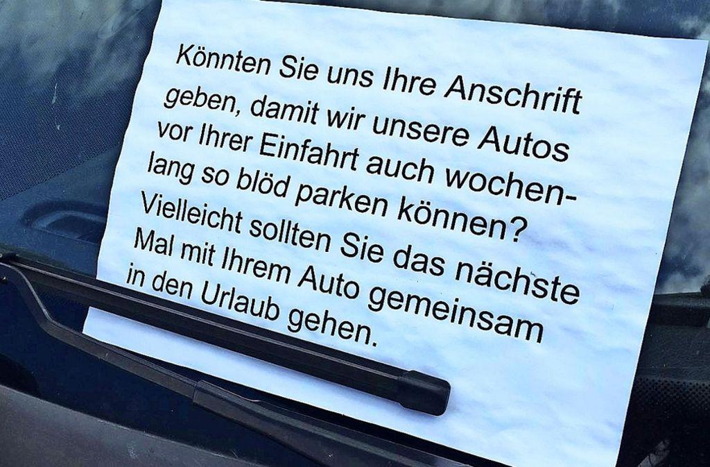 Die Anspannung unter Anwohnern in Plieningen wächst: Sie sind es leid, dass Menschen von außerhalb die Straßenränder zuparken. Foto: Fritzsche