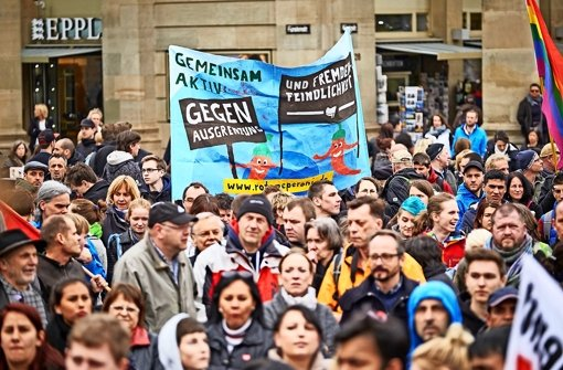 Protest am Samstag  auf dem Schlossplatz in Stuttgart Foto: Lichtgut