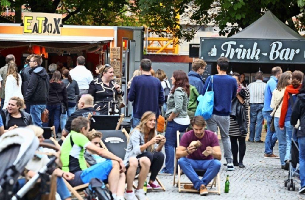 """Snacks unter freiem Himmel genießen  und Freunde treffen – das ist das Konzept von """"Eat an Meet"""". Foto: Jan Reich"""