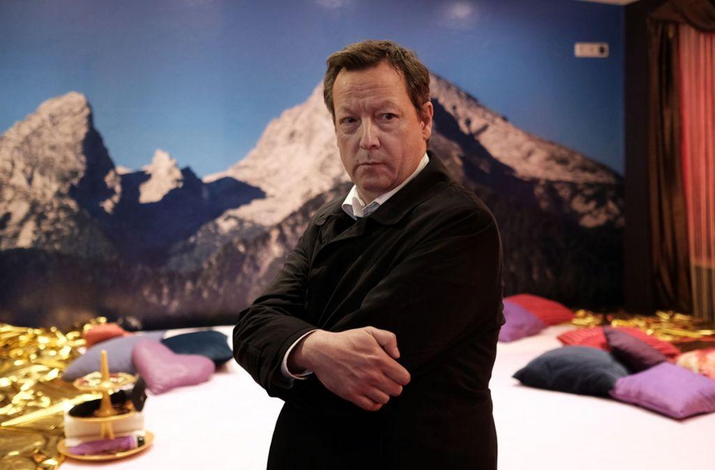 Kriminalhauptkommissar Hanns von Meuffels (Matthias Brandt) ermittelt im Swingerclub. Foto: BR