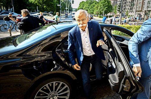 Regierung erhöht den Druck auf Daimler