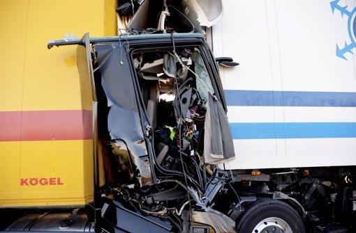 Zwei Lkw-Fahrer ums Leben gekommen