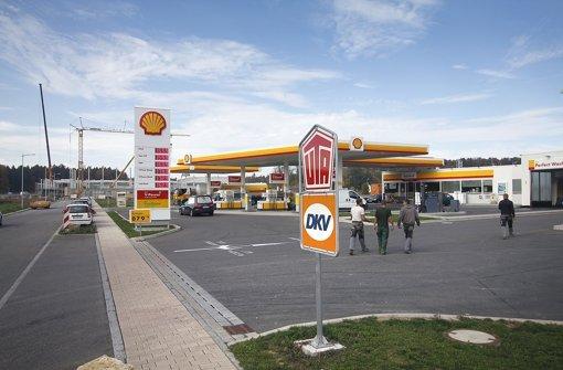 Rutesheimer Tankstelle am Sonntagabend überfallen