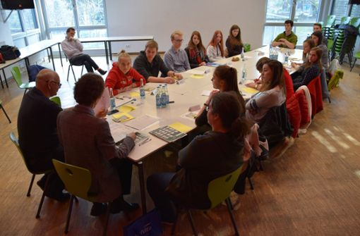 Lokalpolitiker wollen Runden Tisch zur Jugendbeteiligung veranstalten