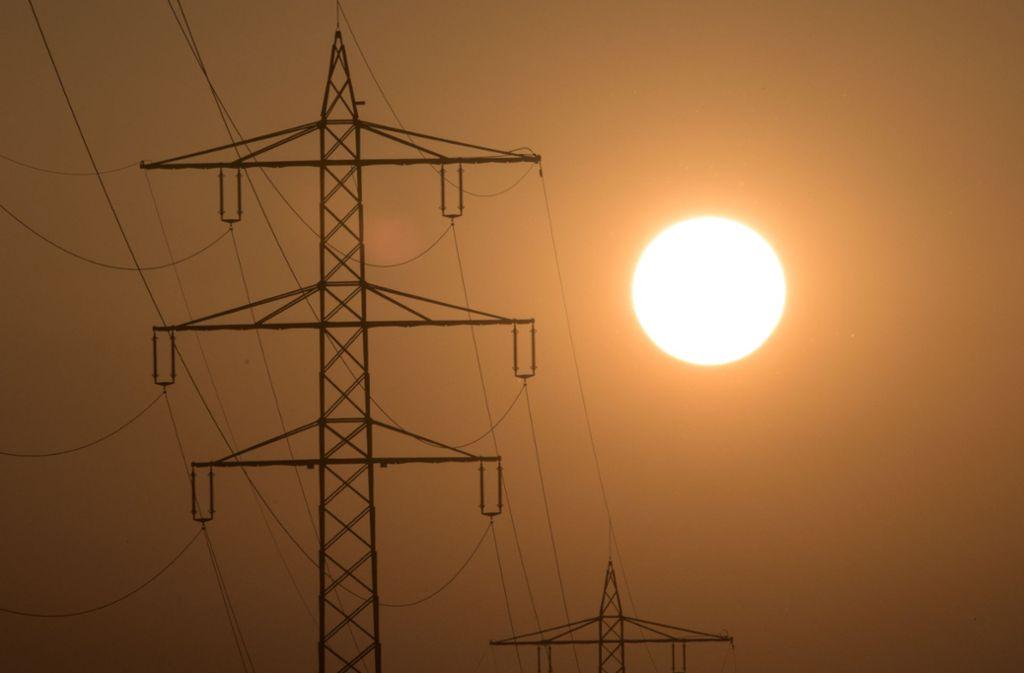 Auf Teneriffa gab es am Sonntag flächendeckend keinen Strom mehr (Symbolbild). Foto: picture alliance /dpa/Patrick Seeger