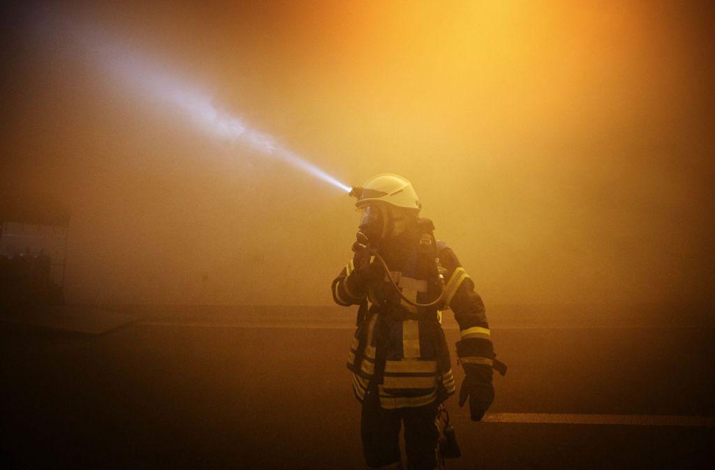 Ein Feuerwehrmann steht im Verdacht, ein Brandstifter zu sein. Foto: