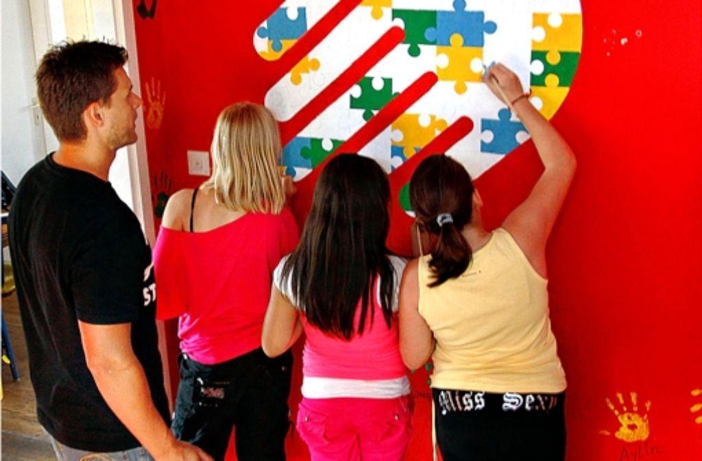 An Haupt- und Werkrealschulen sind Sozialpädagogen seit längerem tätig, um bei Streitereien einzugreifen. Nun wird das Angebot auf andere Schulen ausgeweitet. Foto: factum/Weise