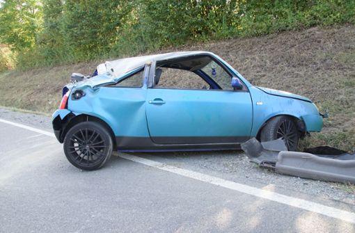 Auto überschlägt sich – Fahrer schwer verletzt