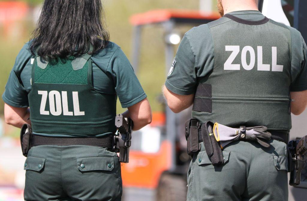 Bundespolizei und Zoll sind am Mittwochmorgen in Berlin im Großeinsatz. Foto: picture alliance/dpa