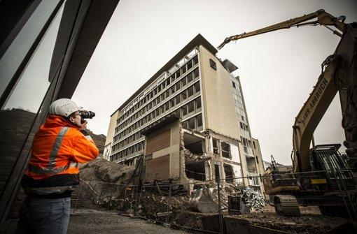 Der Altbau der IHK an der Jägerstraße verschwindet. Foto: Lichtgut/Leif Piechowski
