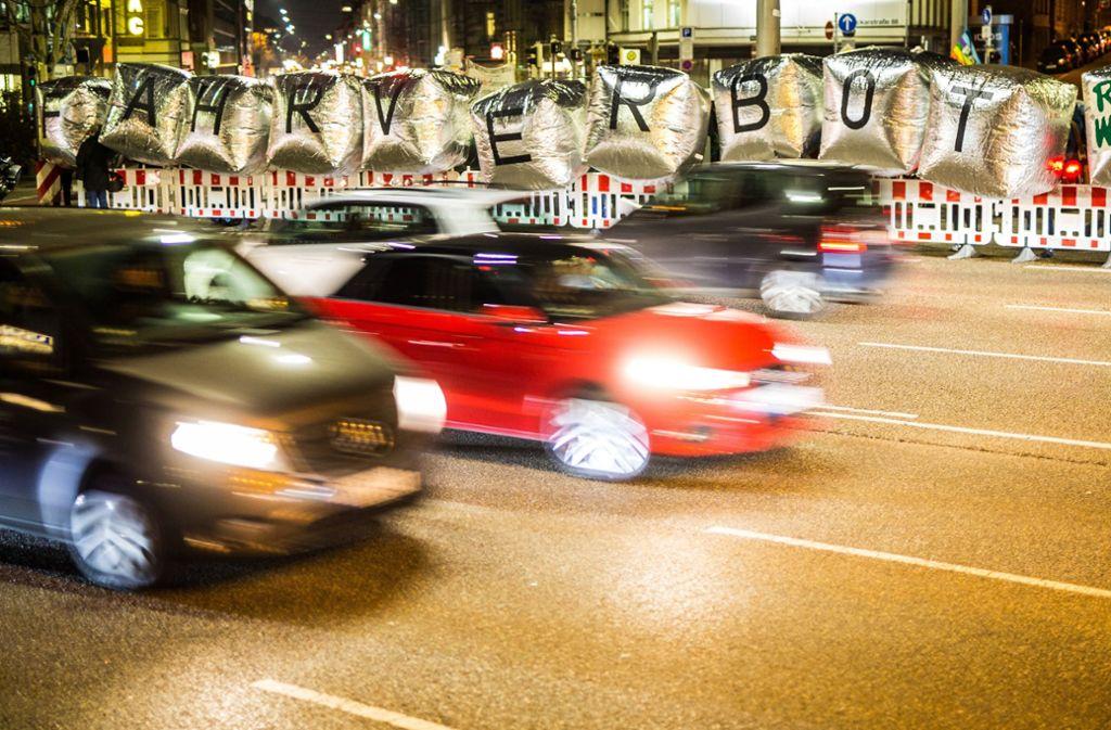 Die CDU will weiter Fahrverbote für Euro-5-Diesel vermeiden. Foto: dpa