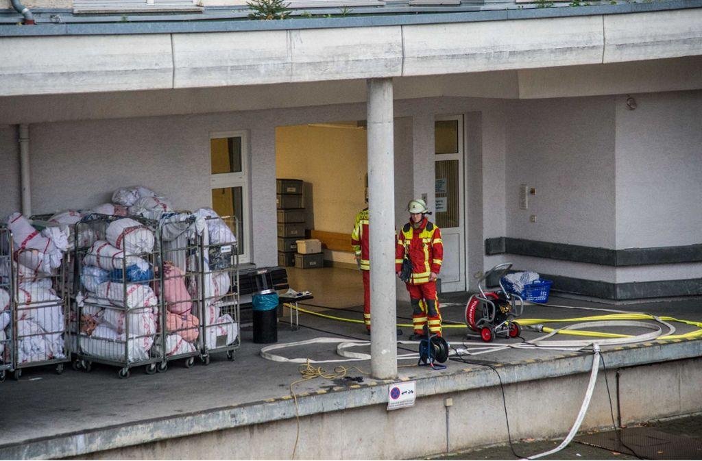 Die Feuerwehr rückte zu einem Großeinsatz in die Filderklinik aus. Foto: SDMG