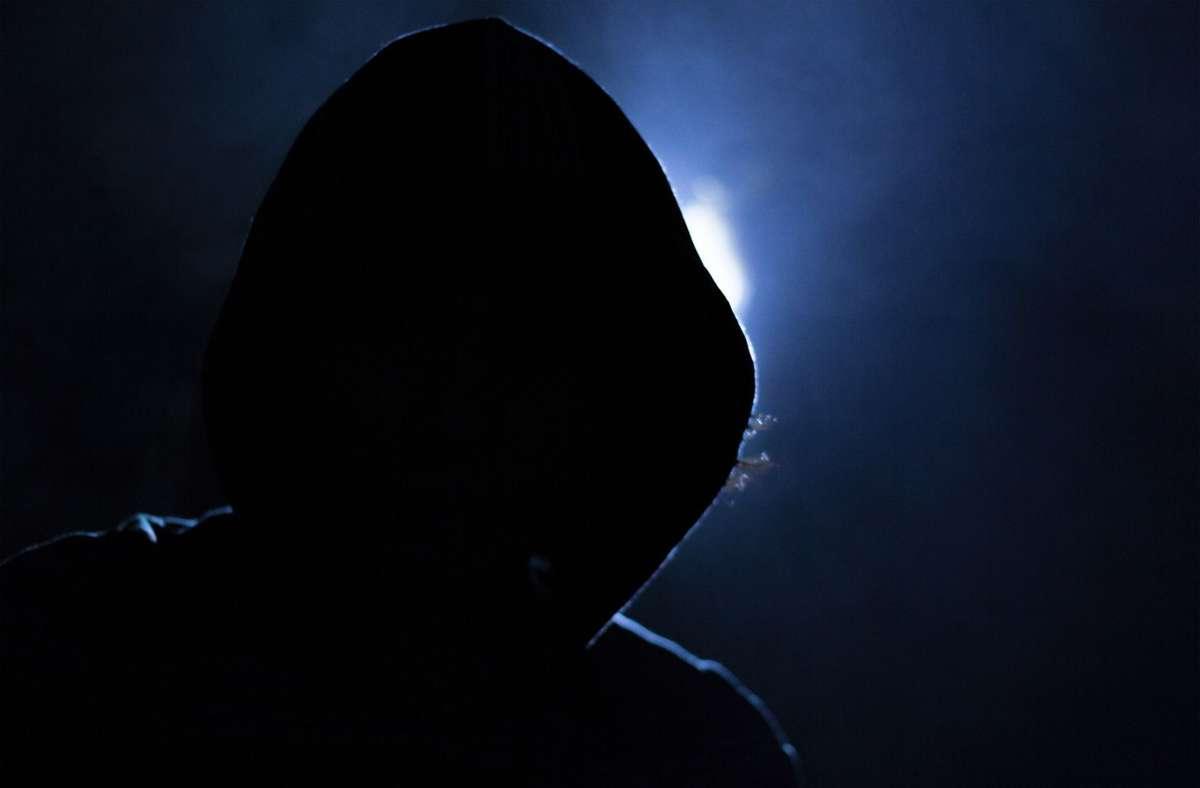 Der Täter hat bei dem Einbruch mit Gewalt versucht einen Tresor zu öffnen – vergeblich (Symbolbild). Foto: