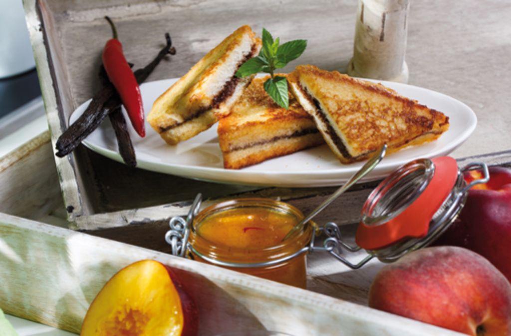 hauptgericht gef llter french toast mit feuriger pfirsich nektarinen marmelade rezepte. Black Bedroom Furniture Sets. Home Design Ideas