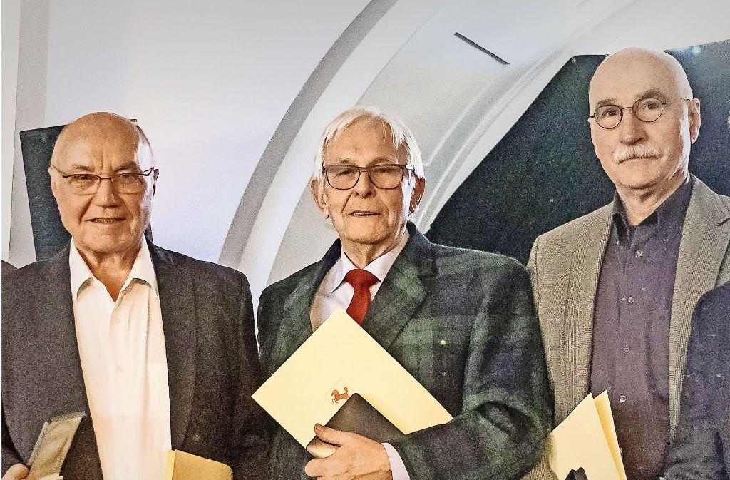 Horst Ruoss,  Manfred Ehringer und Michael Kühner (v.li.) sind am Montag als Sportpioniere 2017 geehrt worden. Foto: Lichtgut/Max Kovalenko