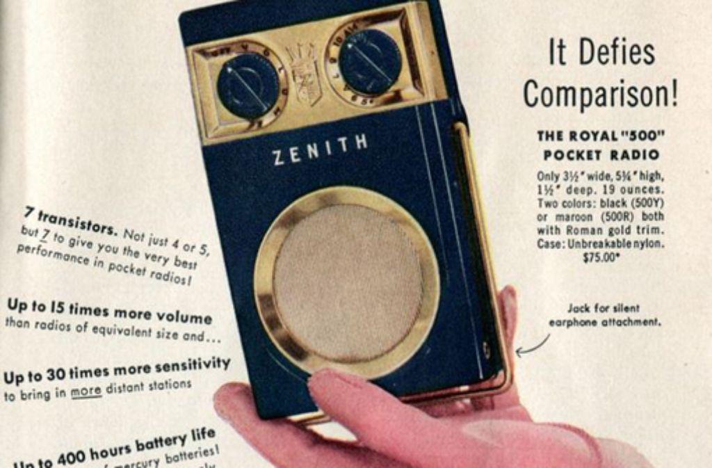 Unser Kolumnist mag alte Anzeigen - zum Beispiel für dieses Taschenradio mit sieben (und nicht etwa nur vier oder fünf) Transistoren. Foto: SenseiAlan bei Flickr