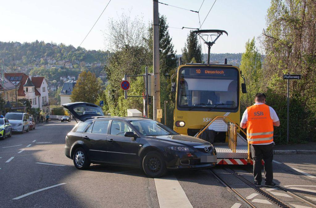 Die Zacke ist mit einem Auto zusammengestoßen. Foto: 7aktuell.de/Andreas Werner