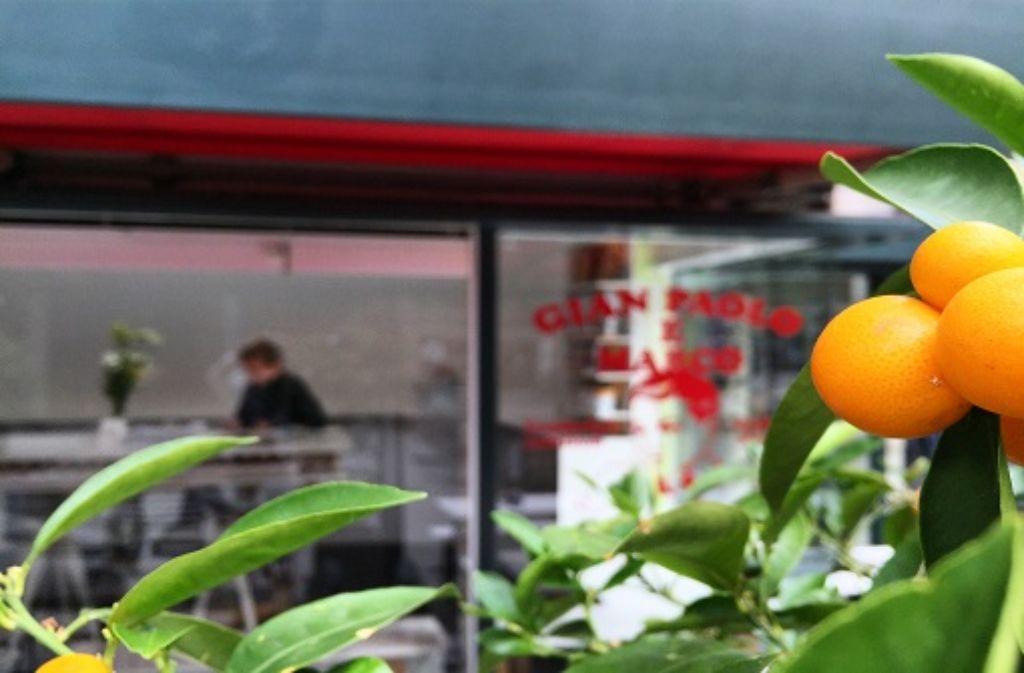 Die Shirts der Tatti Café & Bar sind bereits seit einem Jahr auf Reisen. Foto: Laura Müller-Sixer