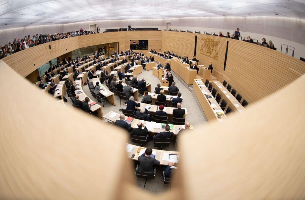 Der Landtag von Baden-Württemberg – die AfD-Fraktion hier hat mit einer Anfrage zu Staatsangehörigkeiten von Künstlern im Kulturbetrieb Proteststürme ausgelöst. Foto: dpa