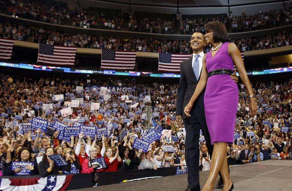 Dass sie stilsicher ist und ein Gespür für Mode hat, bewies die scheidende First Lady aber nicht nur in den vergangenen Monaten. Bereits im Wahlkampf vor acht Jahren machte sie durch ihre Outfit-Wahl auf sich aufmerksam.  Foto: AP