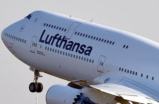 Flugzeug muss wegen technischer Probleme umkehren