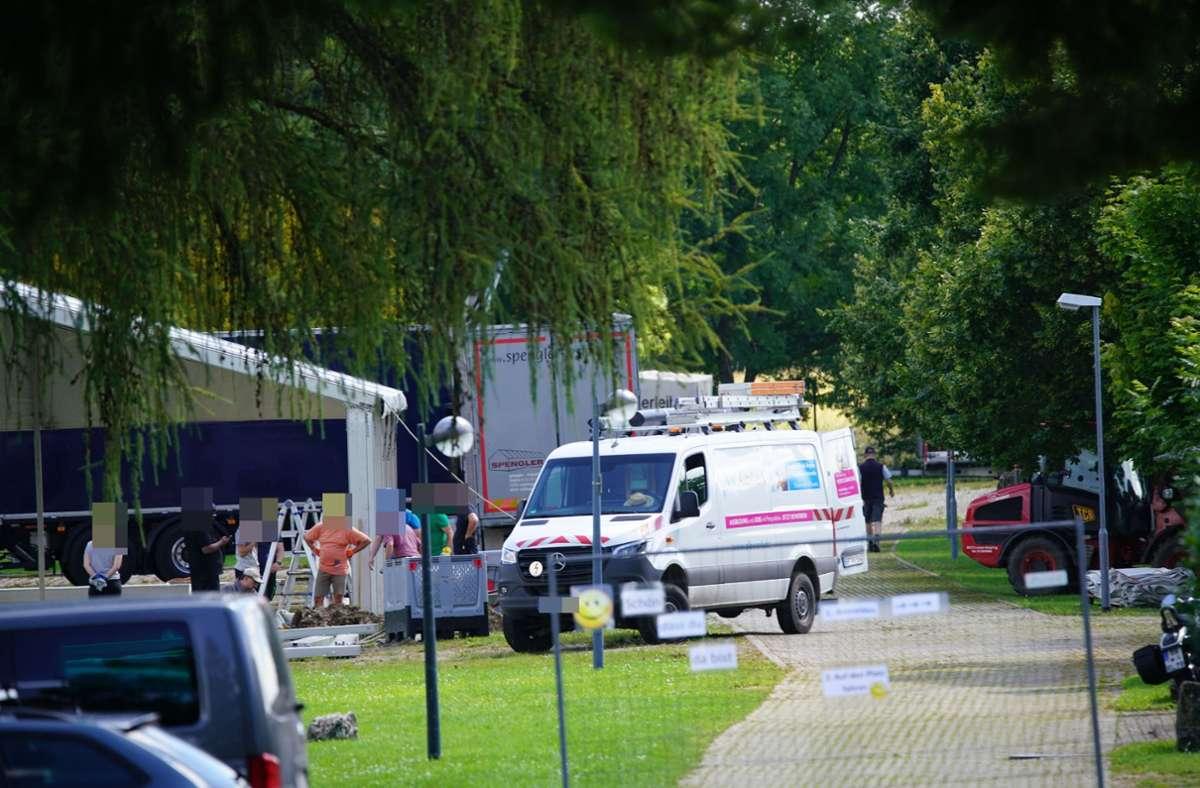 In Deggingen wurde beim Aufbau eines Zelts ein Erdkabel getroffen. Foto: SDMG/SDMG / Woelfl
