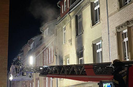 Wohnung steht in Flammen